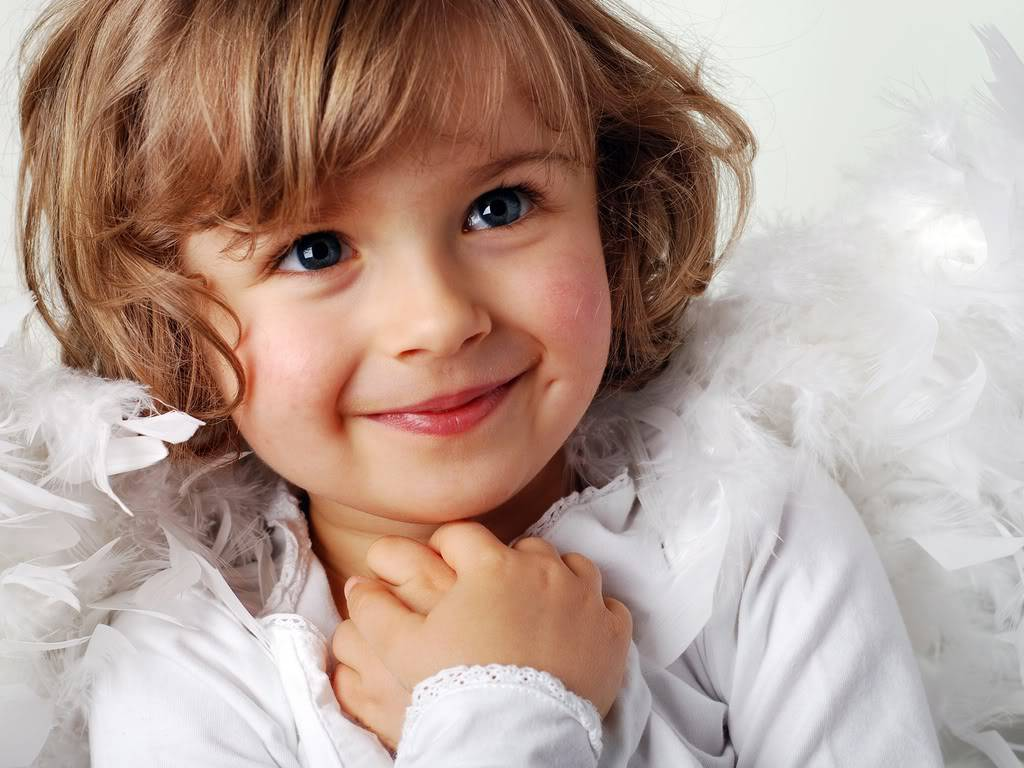 Cute Little Baby Girl With Smile HD Wallpaper 1024 x 768