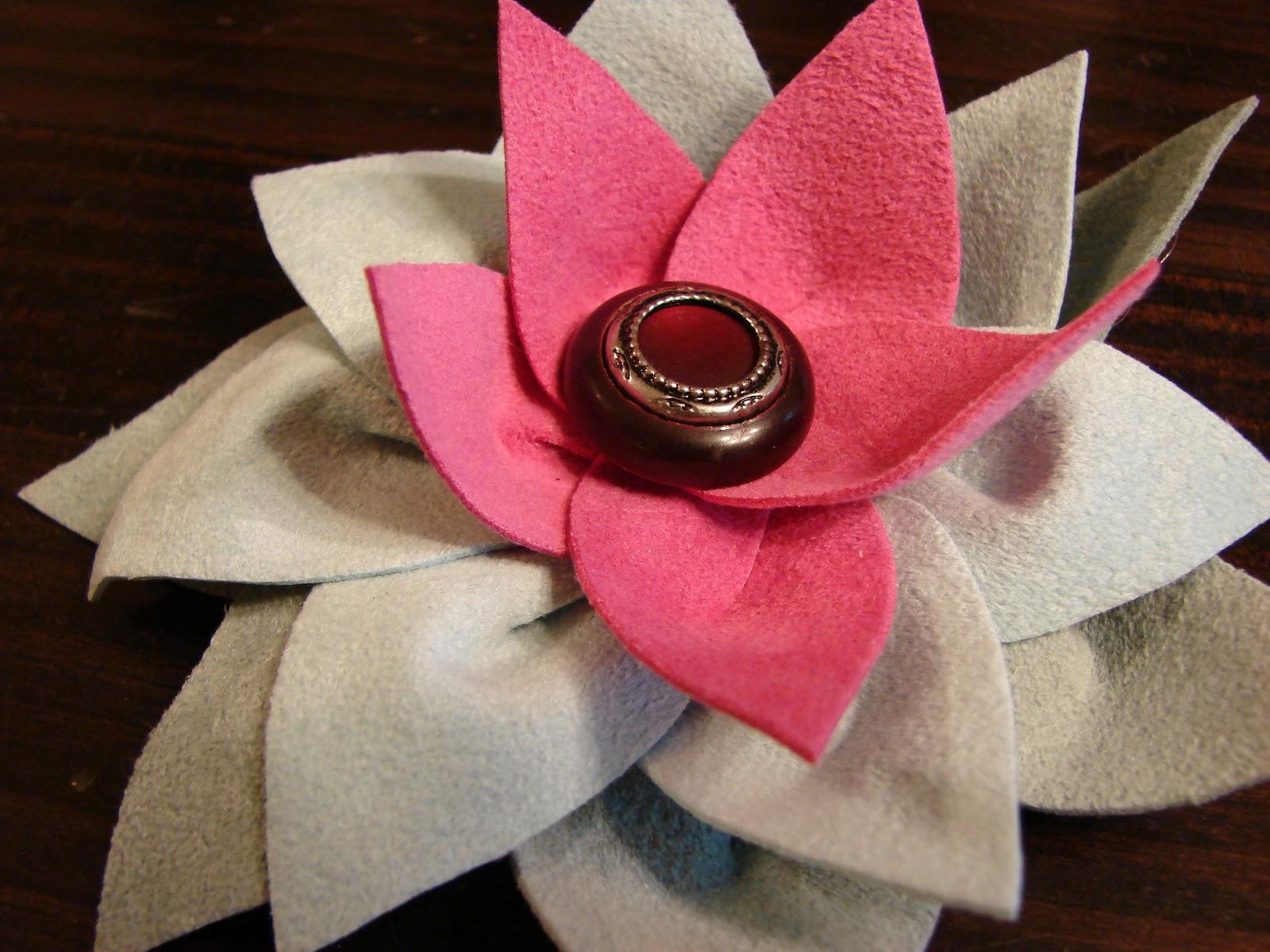 Free Sewing Tutorial Ultrasuede Or Felt Flower Tutorial Poldapop