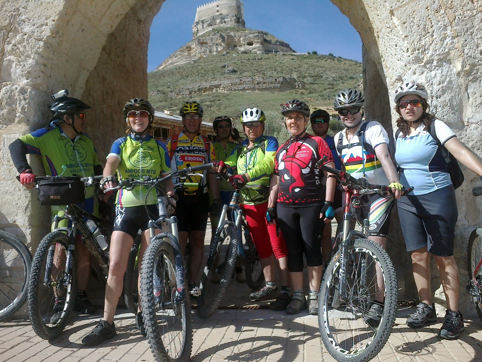 Marcha al Valle del Esgueva; Embalse de Encinas; Curiel de Duero y las Pinzas.