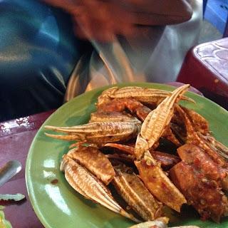 vietnam, otcb on tour, food, crab, chilli sauce