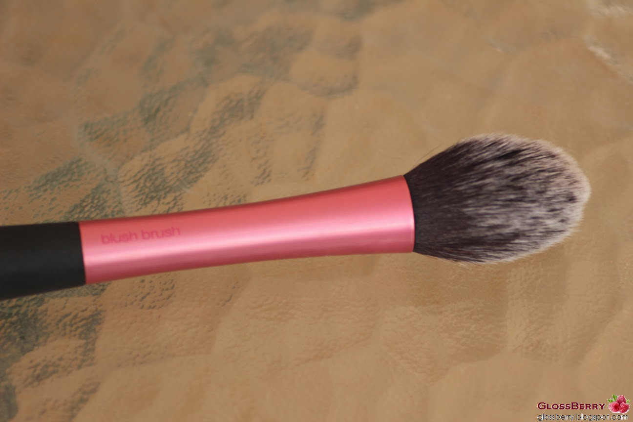מברשת פנים סומק ריל טכניקס real techniques brush blush