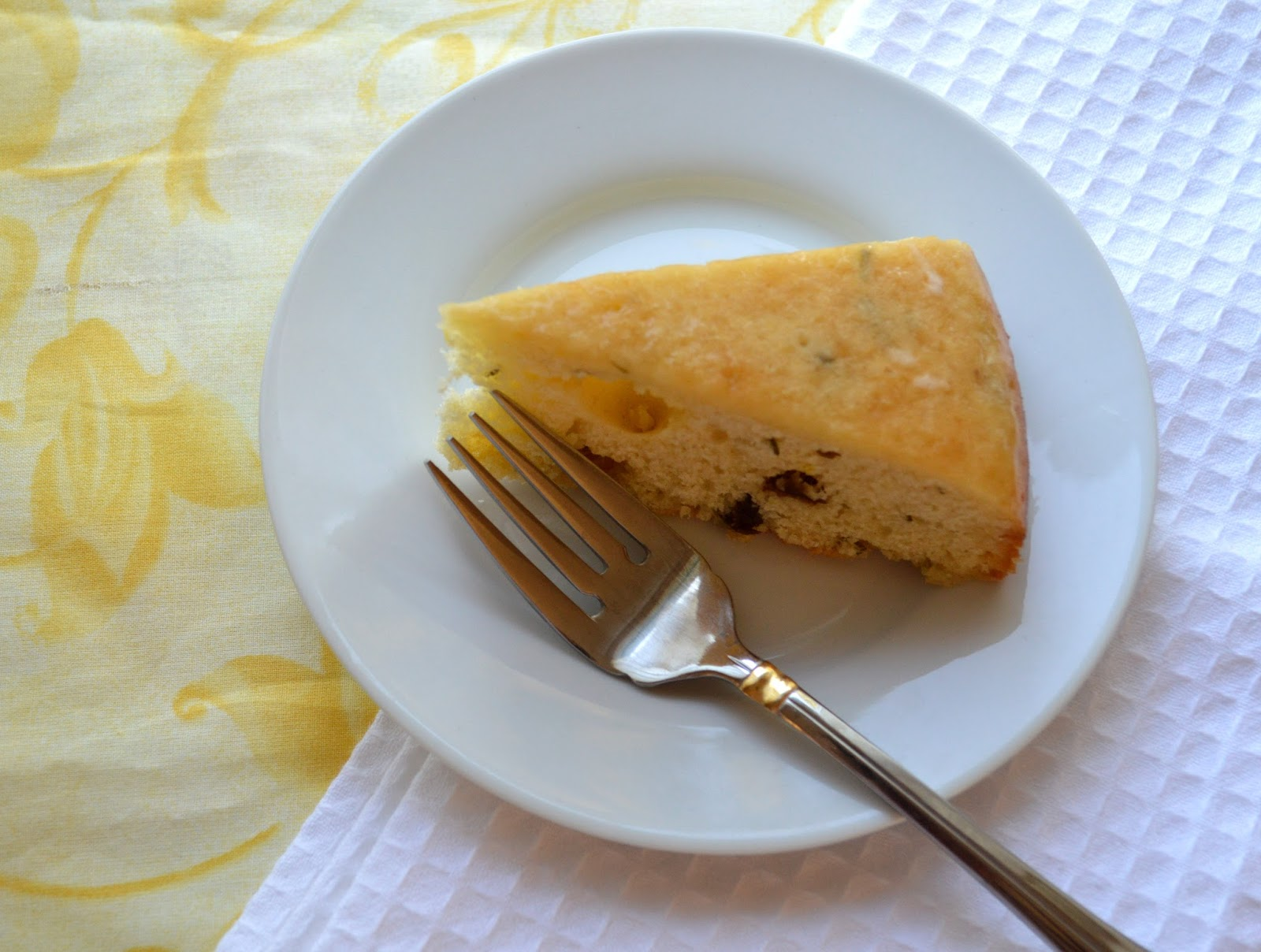 The Messy Apron: Rosemary Raisin Tea Cake