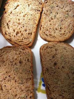 לחם דגנים