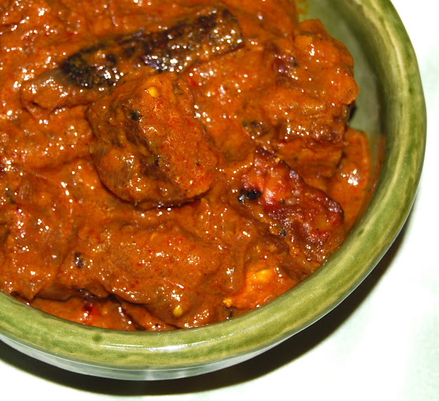Rogan Josh is a fiery treat from Kashmir. This meatless version uses tempeh.