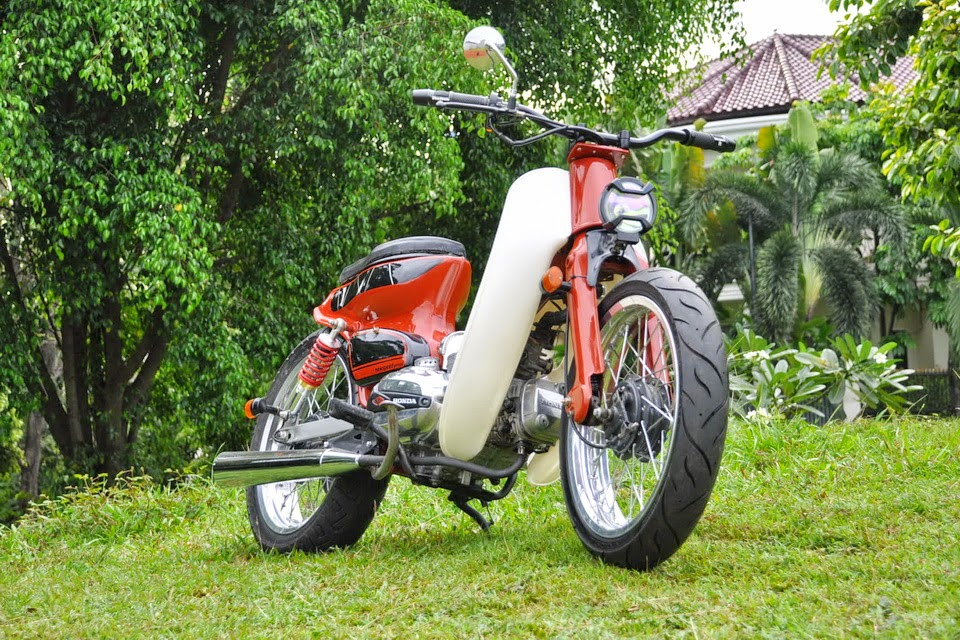 Modifikasi Honda Revo AT 2010 Beraliran Streetcub