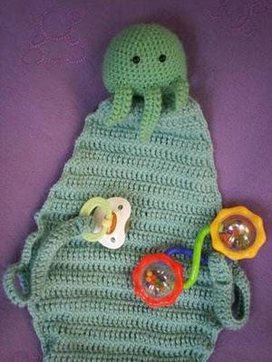 http://1.bp.blogspot.com/-UN6CO5Hu98I/TZU4HbxwZQI/AAAAAAAAAGk/GTZ6CxoG_o4/s400/cthulhu-baby-blanket.jpg