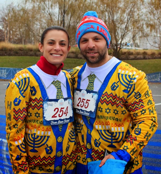 People wearing their Ugly Sweater waiting for run to start
