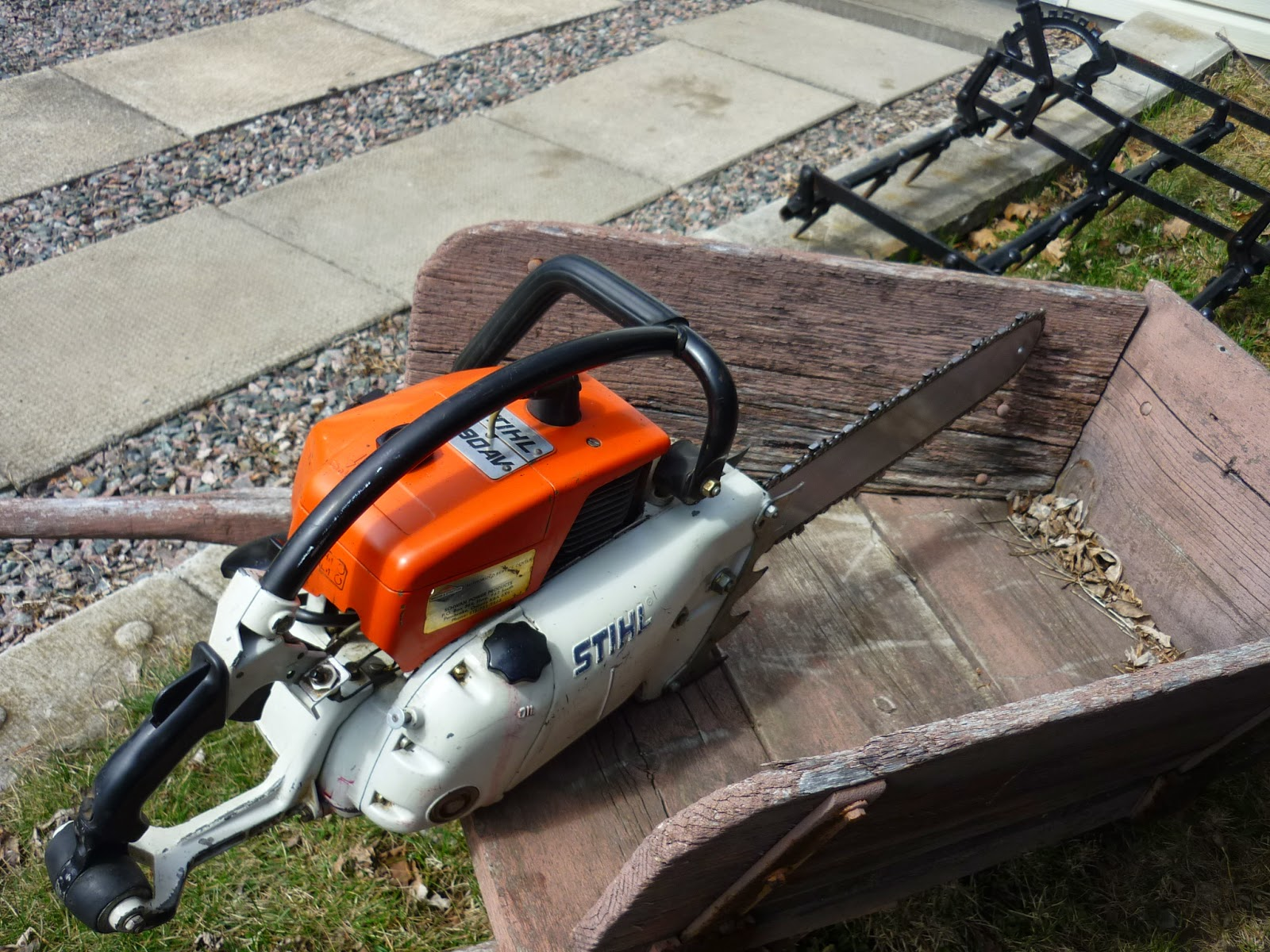 VINTAGE CHAINSAW COLLECTION: STIHL 090