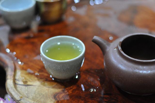 Kết quả hình ảnh cho tây pha trà việt
