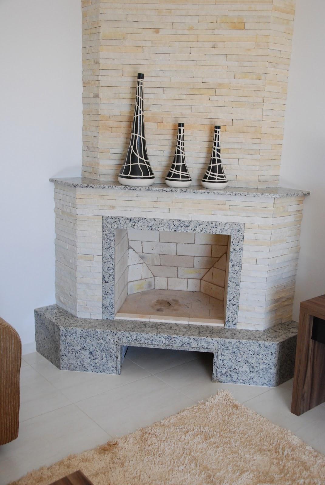 #604937 Lareira de canto em Granito Arabesco Marmoraria MPK 1071x1600 píxeis em Decoração De Sala Pequena Com Lareira De Canto