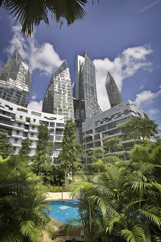 Reflections at Keppel Bay by Studio Daniel Libeskind from garden