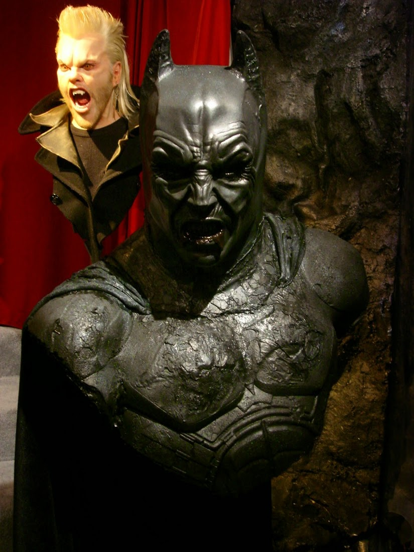 14-Batman-Demon-Bobby-Causey-Hyper-Realistic-Sculptures-www-designstack-co