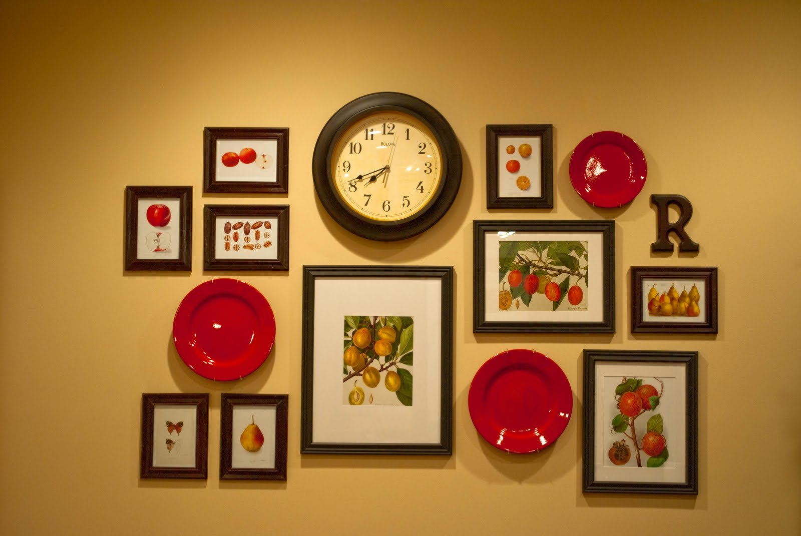 Kitchen Gallery Wall - The Thrifty Abode