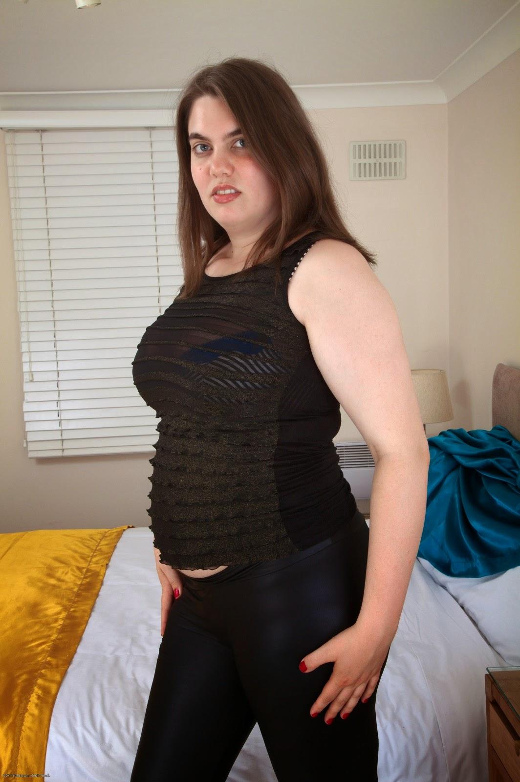 Skinny mature women fucking
