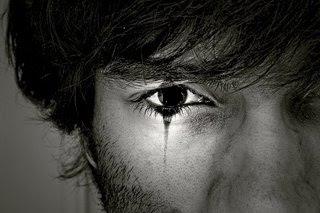 solze namesto črk │ jok namesto besed │ namesto objema tišina