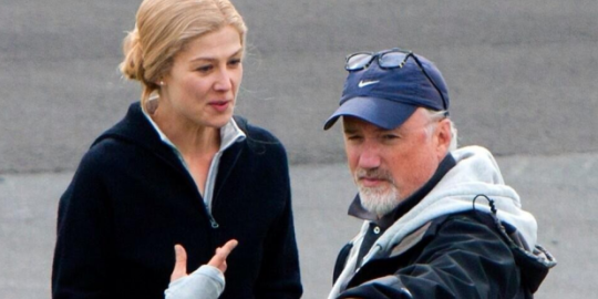 Rosamund Pike and David Fincher