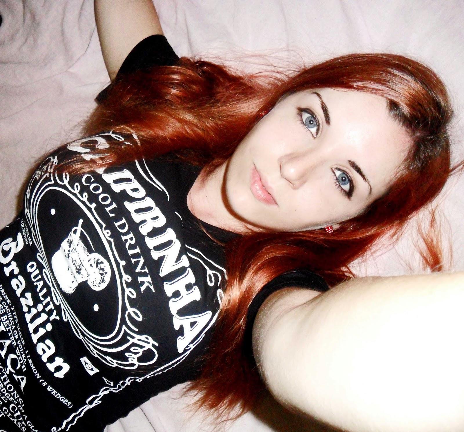 pelo rojo apagado