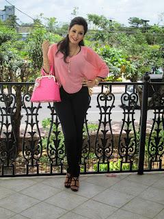 Kaushalya Madhavi Wickramasinghe jeans