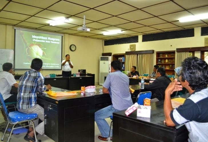 Pelatihan PKSM Pengelolaan Ekosistem Mangrove BPHM Wilayah I dan Disbunhut Kab. Kutai Kertanegara