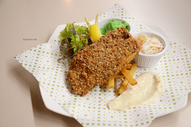 Oatmeal Hoki Fish and Chips - RM26
