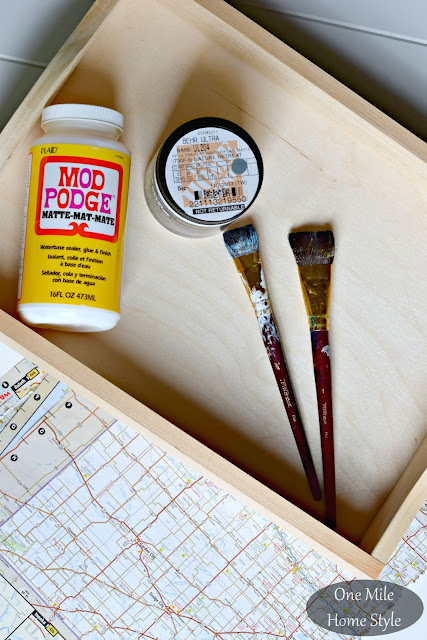 How to create a DIY wooden map tray | One Mile Home Style