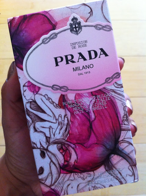  Wake Up And Smell Pradas Infusion de Rose