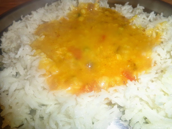rice, white rice, dal chawal, indian food, marathi food, mint, besan, dinner, chilli, dal