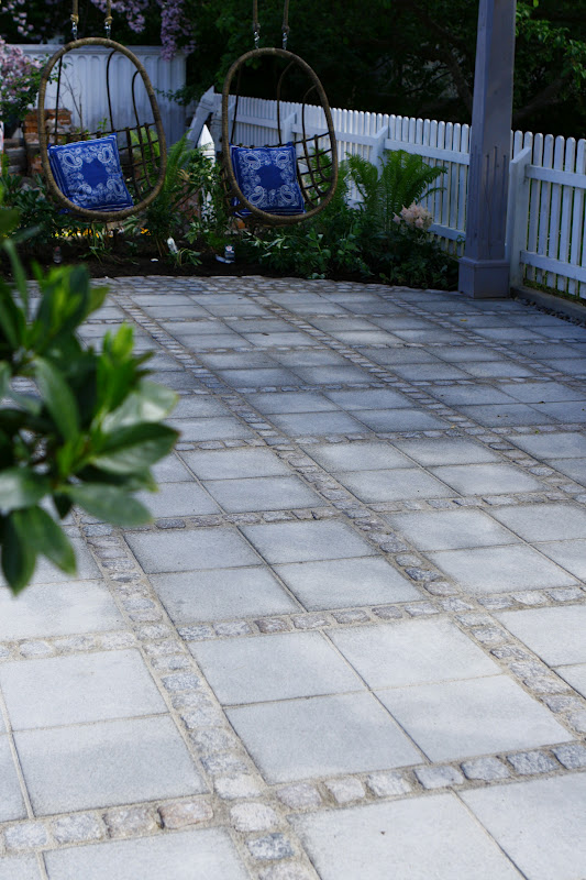 Lilla Villa Vita Cementplattor Vs Gatsten