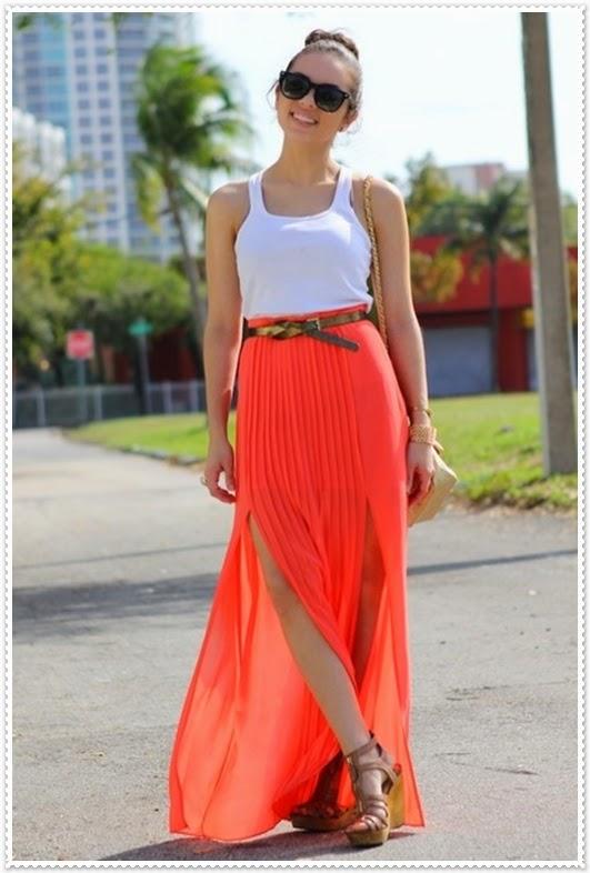 Kombination von Sommer Röcke mit Schlitz