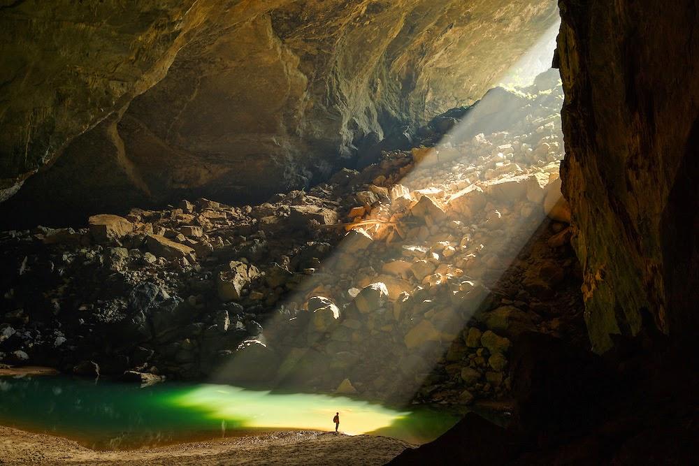 Hang en cave trek tour, explore amazing Hang En cave, Hang En cave information