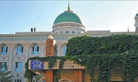 Muslim Xianjiang Jaga Tradisi dan Modernisme Lewat Pendidikan