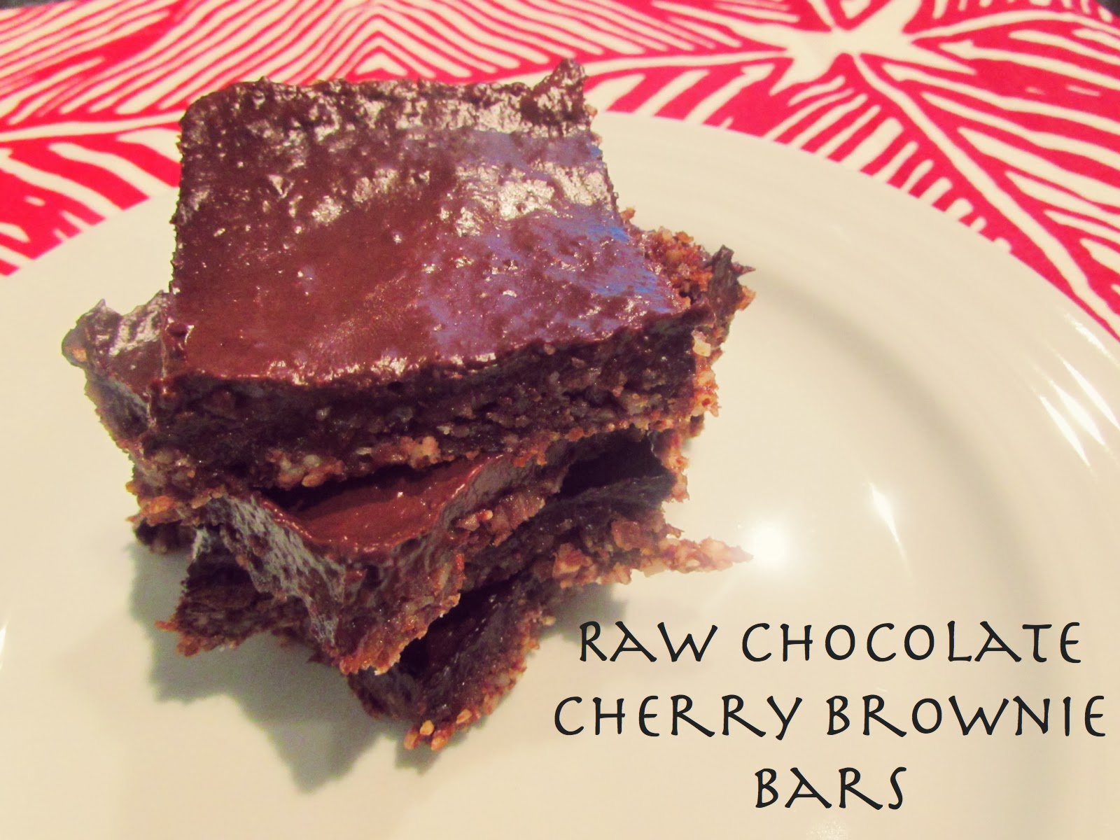 Chicago Jogger: Raw Chocolate Cherry Brownie Bars.