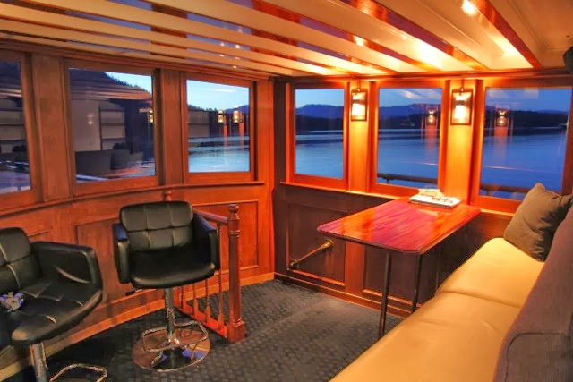 We built this new forward Saloon on MV Discovey