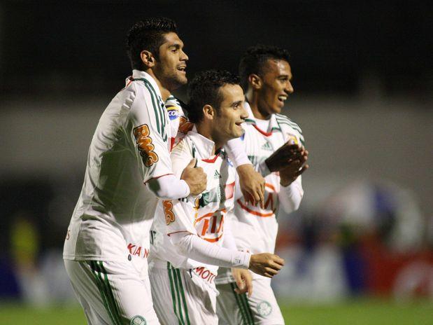 Pela Copa do Brasil - Atlético-PR  2 x 2 Palmeiras