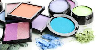 7 Panduan Sehat Memakai Kosmetik