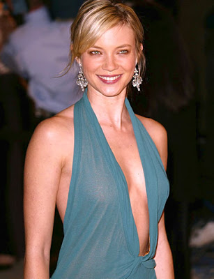 Amy Smart Sexy Dressing