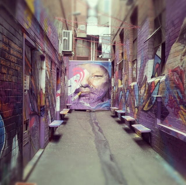 Melbourne street art - photo by Amy MacLeod