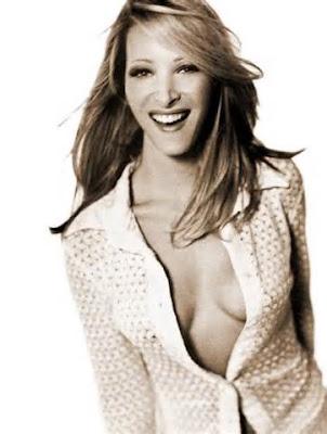Lisa Kudrow hot boobs wallpaper