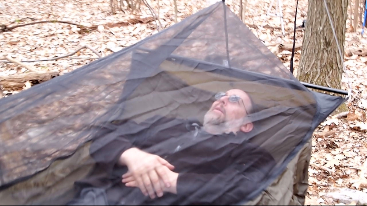 Pack Size U2013 Hammock Body, 13.5 Inches Long. X 6 Inch Wide, Cylindrical  Spreader Bars, 20.25 Inches Long. X 2.25 Inches Wide (gathered)
