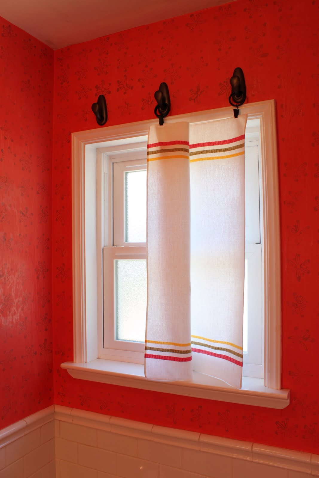 hanging curtains with hooks