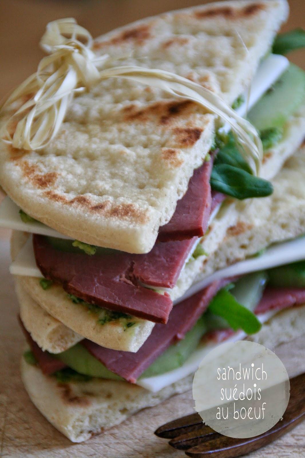 http://etcharlottedecouvritlacuisine.blogspot.fr/2014/04/sandwich-suedois-au-boeuf-battle-bread-2.html