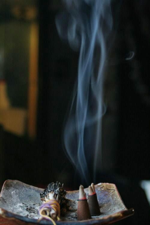 Incense: Satya's Nag Champa...