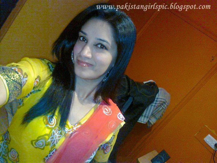 Babes and chitrali girls sex bedroom