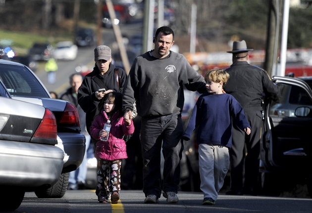 Connecticut Shooting, Connecticut shooting,Connecticut Newtown