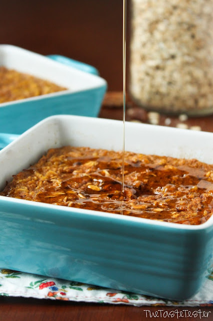 Pumpkin Pie Baked Oatmeal | via The Taste Tester