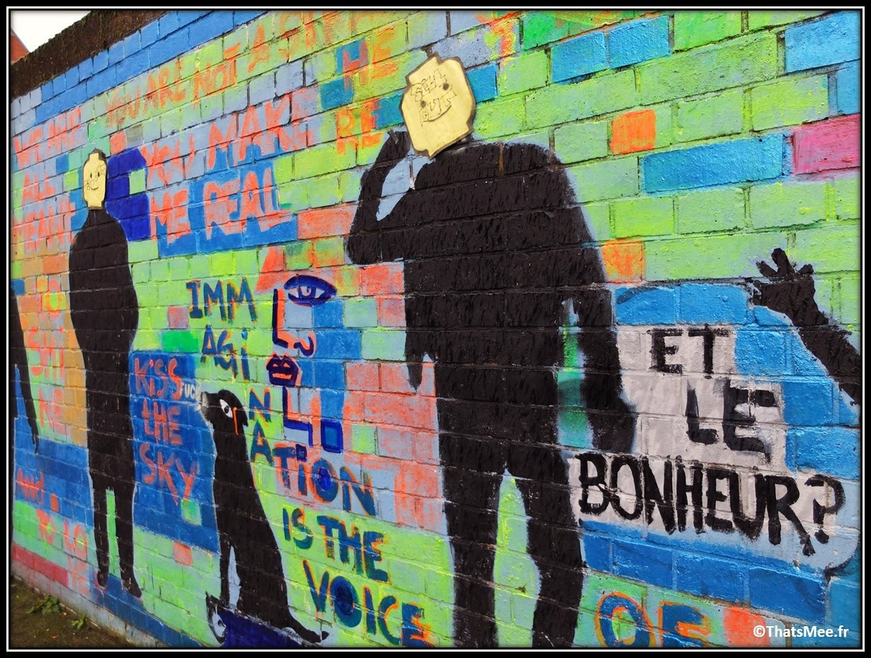 Street Art Londres Shoredicth East London Brick Lane lego Et Le Bonheur