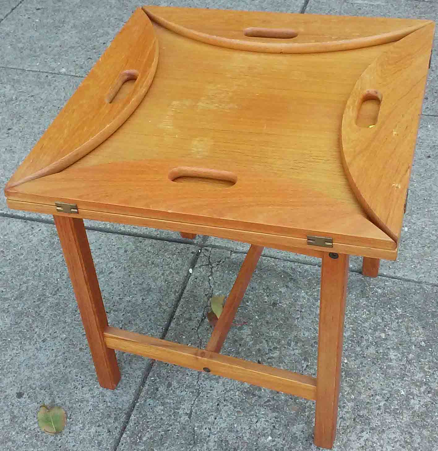 Uhuru Furniture Collectibles Sold Teak End Table With