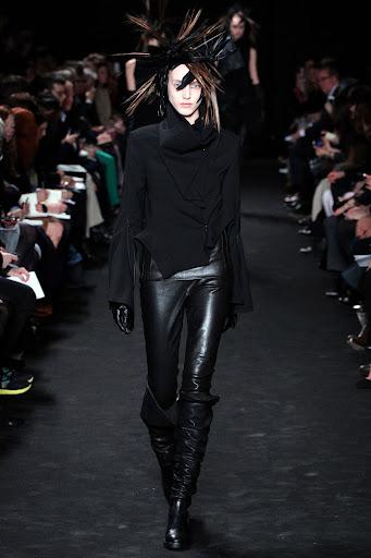 Ann Demeulemeester Autumn/winter 2012/13 Women's Collection
