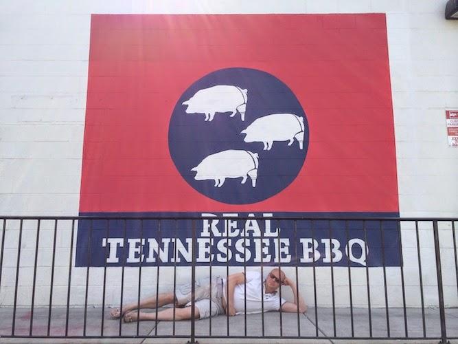 Peg Leg Porker, Nashville
