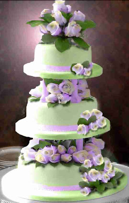 wedding cake mint icing violet roses